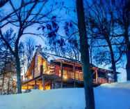 Cozy Nights: Romantic Cabin Getaways