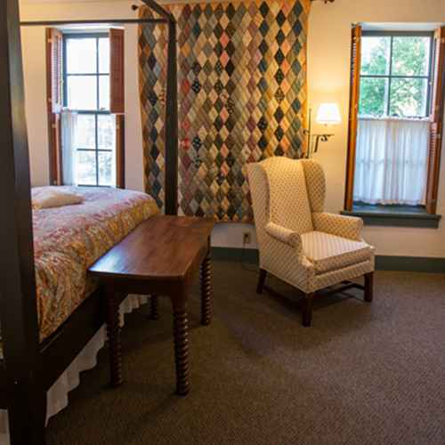 4 Milwaukee Bed & Breakfasts for a Romantic Getaway