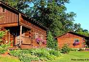 5 Log Cabins for Nature Enthusiasts