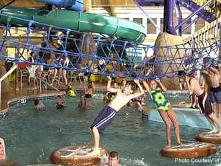 Three Wisconsin Waterparks That Say 'We Are Family' – a Big Family