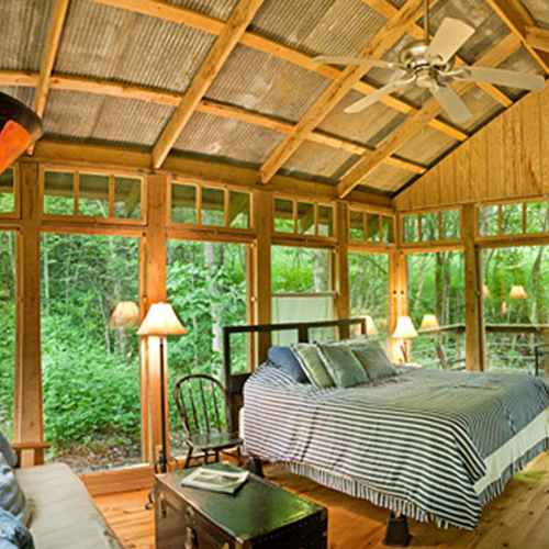 8 Hidden Cabins and Cottages in Wisconsin