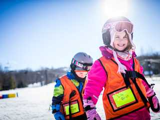 Wisconsin Downhill Skiing with Family Friendly Deals