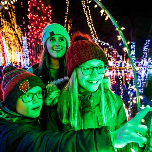 Holiday Lights: 7 Spectacular Shows in Wisconsin