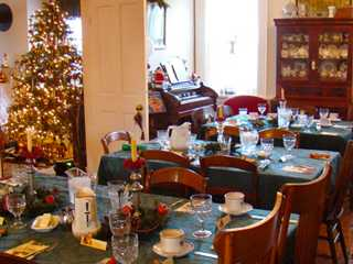 3 Reasons to Stay at a Wisconsin B&B for the Holidays