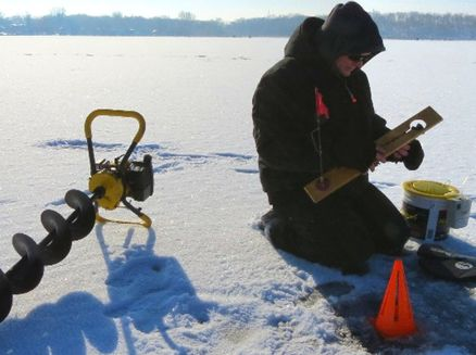 Image for Best Places to Go Ice Fishing in Wisconsin: Lake Waubesa and Lake Kegonsa