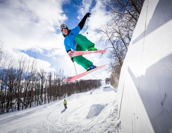 Wisconsin Ski Trip: 6 Ideas for Off-the-Slopes Fun