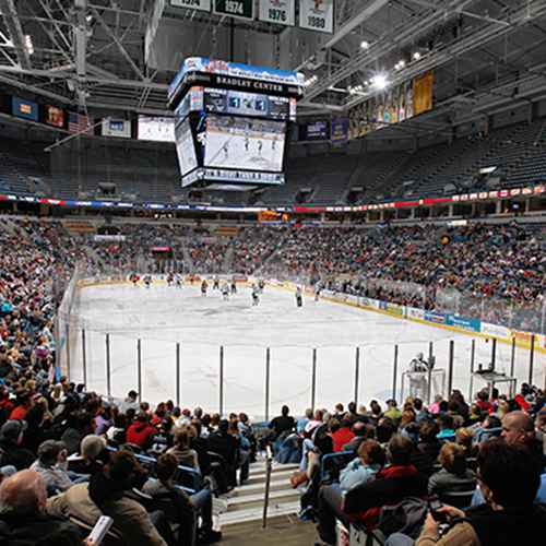 Wisconsin Hockey Tour: 6 Game and Dinner Spots