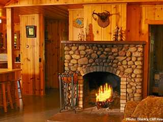 5 Wisconsin Cabins to Book for the Holidays