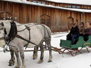Wisconsin Historic Sites Put Heritage in Holidays