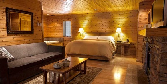 Romantic and Remote: 3 Retreats in the Wisconsin Woods
