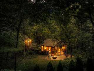 Spooky, Scenic and Silly: Quirky Wisconsin Lodging