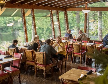 8 Wisconsin Supper Clubs with Gorgeous Lake Views