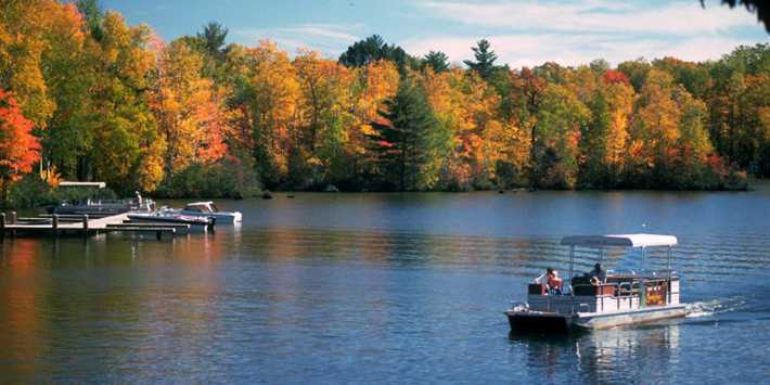Autumn Boat Cruise | Fall Colors | Travel Wisconsin