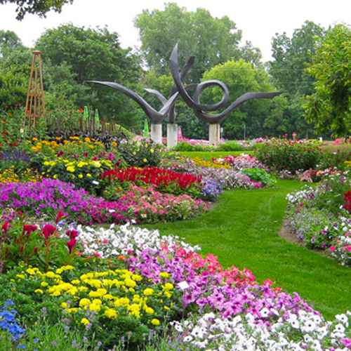 4 Milwaukee Gardens To See This Spring