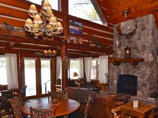 4 Wisconsin Cabins with Amazing Fireplaces