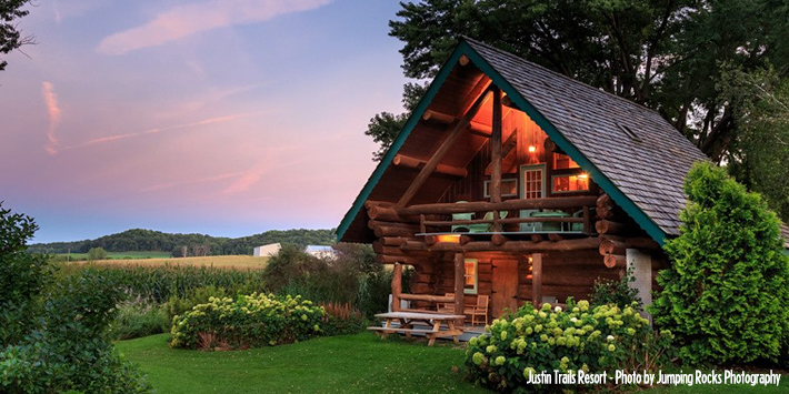 Awe Inspiring 5 Pet Friendly Cabins Travel Wisconsin Interior Design Ideas Clesiryabchikinfo
