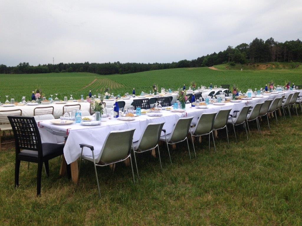 have an authentic dinner on the farm travel wisconsin rh travelwisconsin com