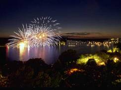 Image for 4th of July in Wisconsin: Top 10 Fireworks Displays