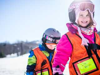 6 Wisconsin Ski Hills Great for Beginners