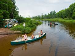 Image for Wisconsin Rivers the Best for Canoeing