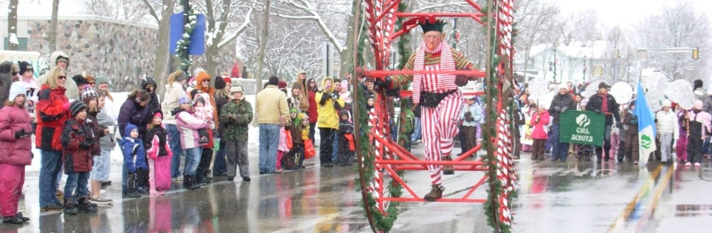 Thousands attend the Christmas parade to see the many floats, bands, media personalities, unique novelty acts and, of course, Santa & Mrs. Claus.