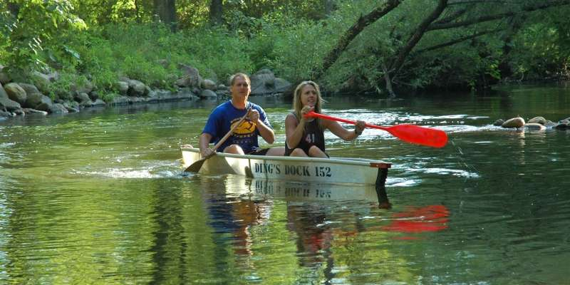 Famous Crystal River canoe trips from Ding's Dock