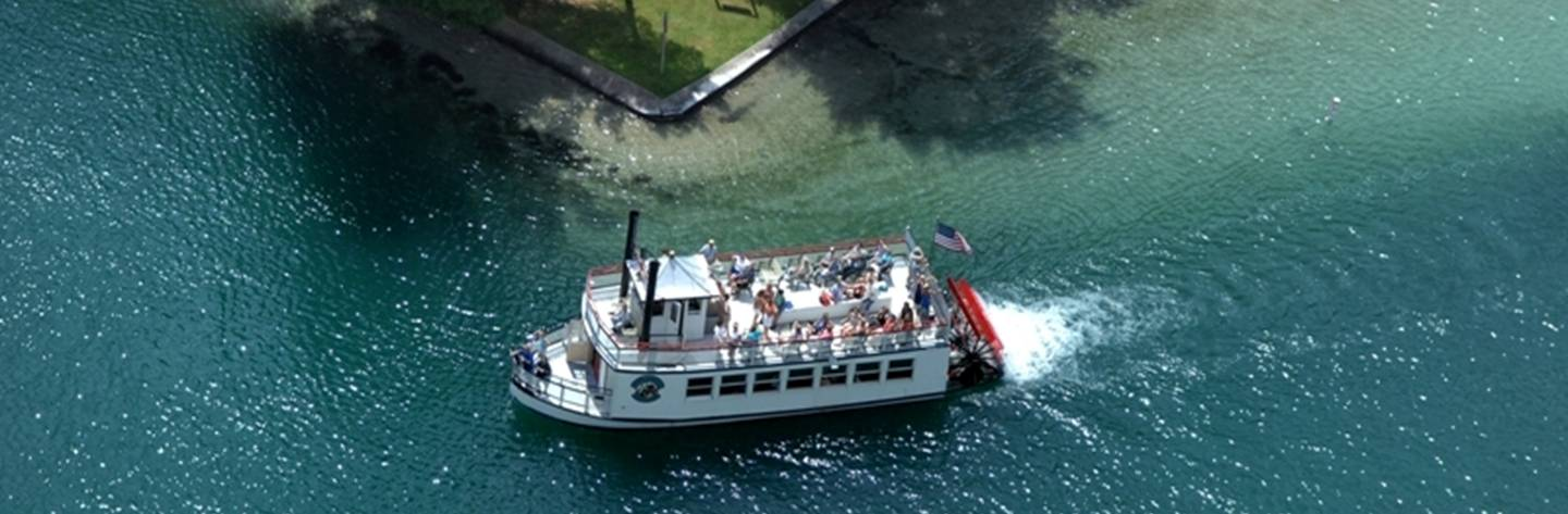 Chief Waupaca boat tours