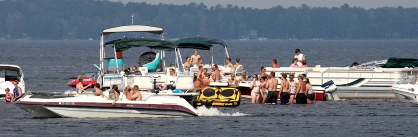 Check out the Sandbar on Shawano Lake for summertime fun!