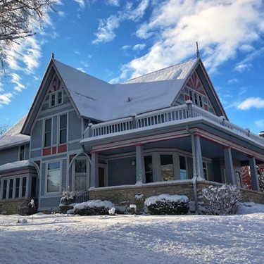 Winter Fun in Green Bay & an Astor House Stay
