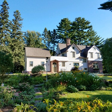 Save up to 20% at Pinehurst Inn B&B