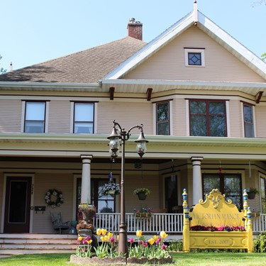Bed & Breakfast PLUS Wisconsin State Parks