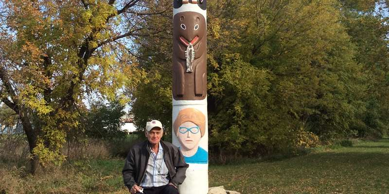 Fort Art Pole includes Lorine Niedecker by artist L.A. Wilson