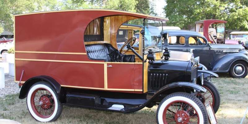 1912 Ford Model T Delivery Truck