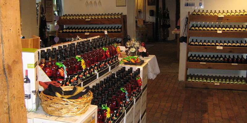 Cedar Creek Winery offers award-winning wines to sample and purchase.