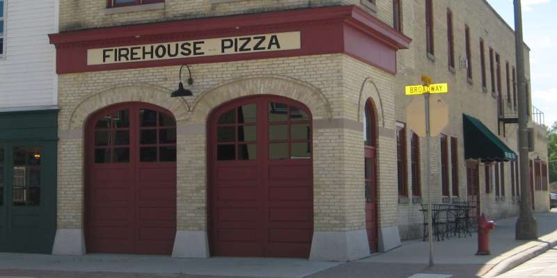 Falls Firehouse Pizza exterior