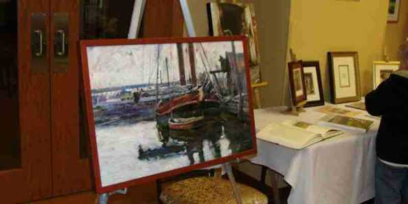 The Art Crawl in Evansville features art in many mediums, as well as late hour shopping at numerous retail establishments.