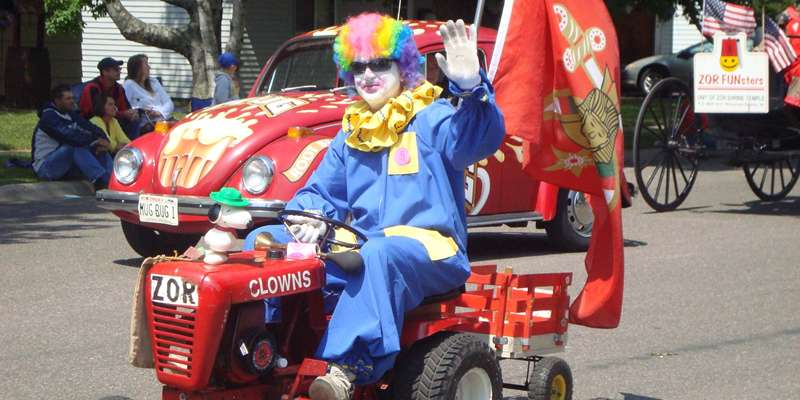 Zor Clowns in Flambeau Rama Parade