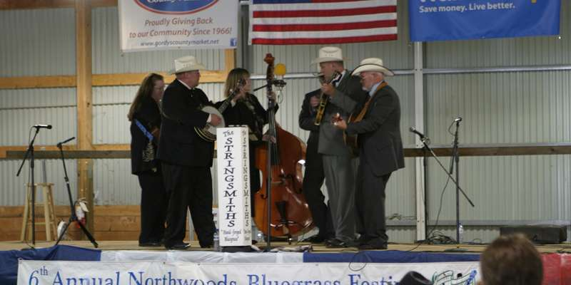 Stringsmiths Bluegrass Band