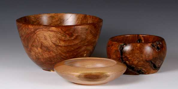 Fine wood turnings by Jeremy Pyatskowit. Visit Orchid Land Pottery on the tour and see Jeremy demonstrating how he turns wood into art.