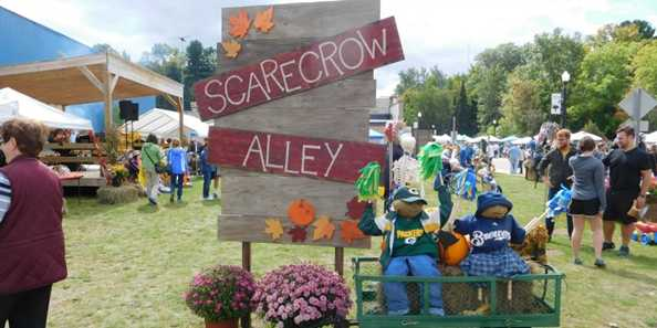Phelps Scarecrow Fest - Lots of Food Vendors in Scarecrow Alley!