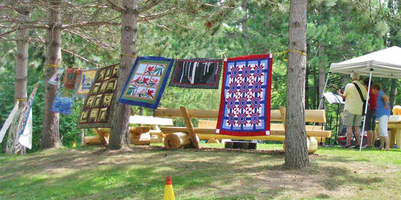 Quilt Display & Live Music