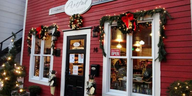 Evansville's quaint, historic downtown decorates in time for the community's annual Olde Fashioned Christmas.