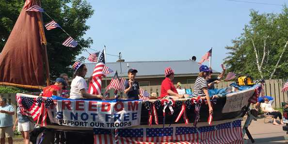The 4th of July parade on Madeline Island is full of hometown floats sure to make you smile and want join in the fun!