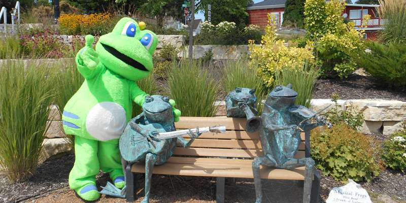 Signal the Frog joined us at the 2016 Wild Wild West Bend Cache Bash.