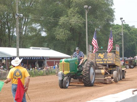 Image for Harrisville Memorial Day Tractor Pull