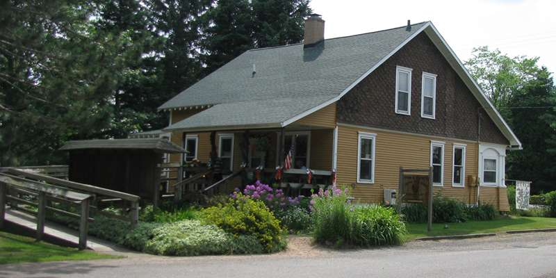 Smith House - Countryside Artists Gallery & Gift Shop