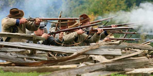 Confederate riflemen on the battle line