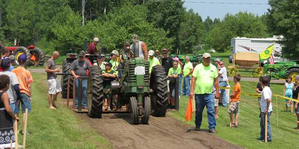 Aged Iron Tractor Pull