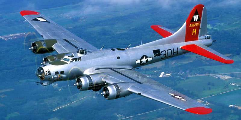 A World War II era B-17 Flying Fortress makes an appearance at AirVenture.