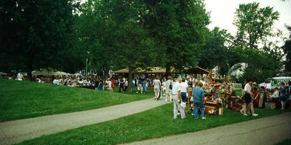 Crowds gather for the Art in the Park Craft Fair